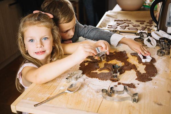 עוגיות שוקולד להכנה עם הילדים